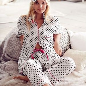 VICTORIAS SECRET Gold White Polka Dot Pajama Set